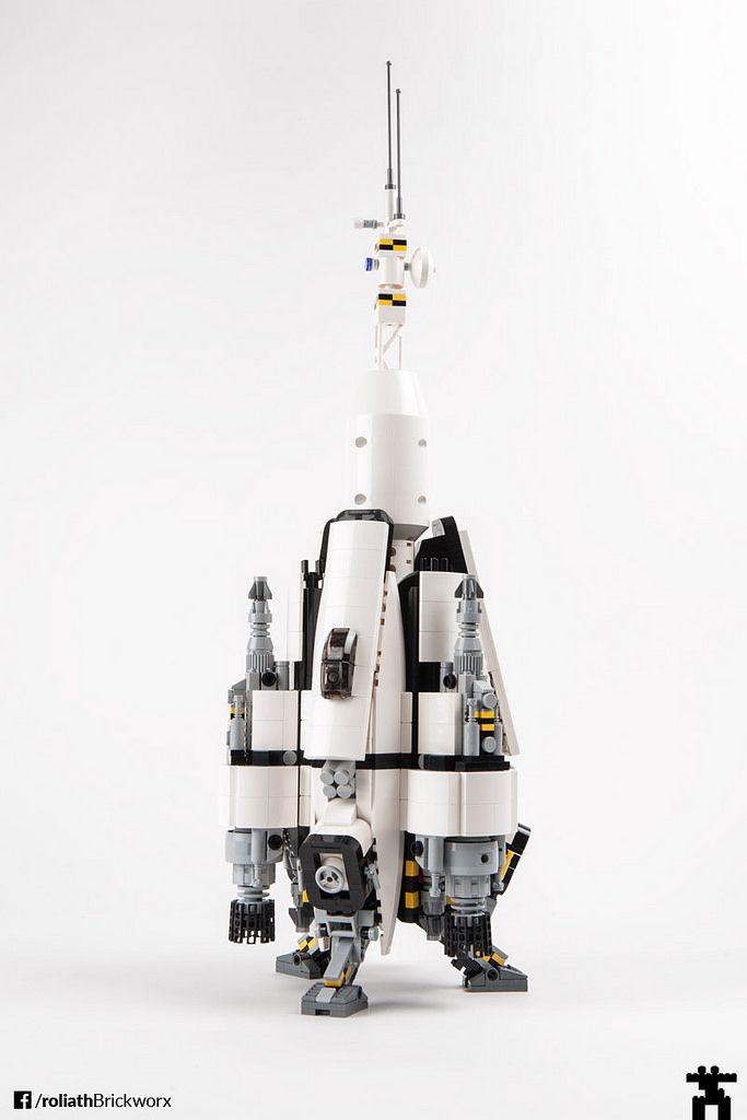 RSS Pale Blue Dot – a LEGO spaceship | Lego spaceship, Spaceship ...