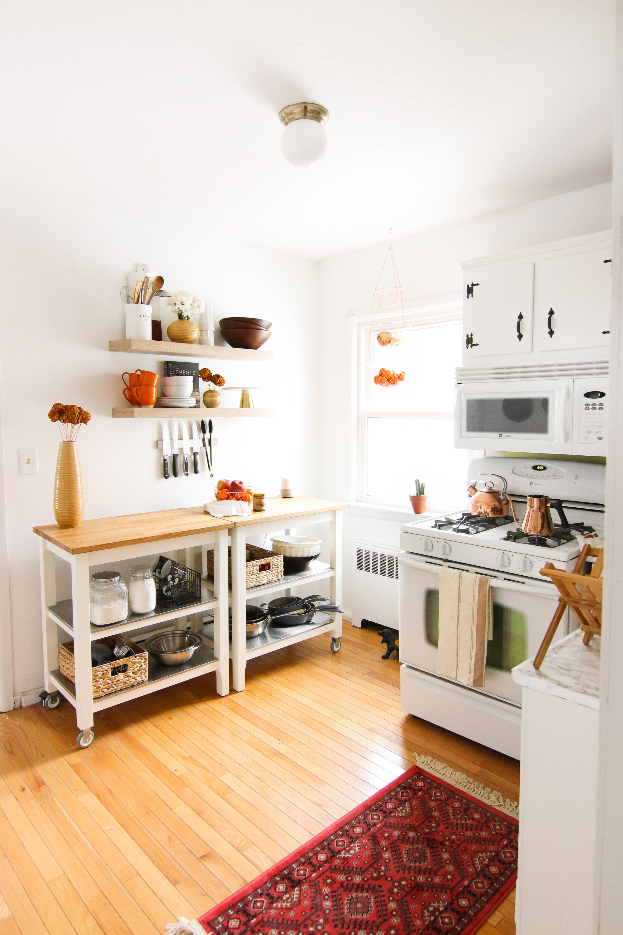 Kitchen Before + After: How I Painted My Kitchen Cabinets White ...