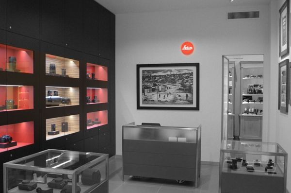 brand new 29fbc 3f06a Leica store | store milano | Leica, Milan, Gallery