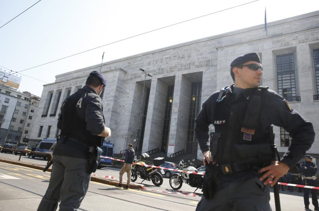 Deadly shooting in Milan courtroom