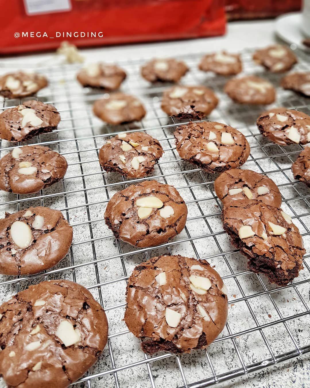 Sore Teman2 Kali Ini Buat Fudge Brownies Cookies Resep Masih Sama Dng Fudge Brownies Yg Sering Saya Share Dng Sedikit Penambah Fudge Brownies Fudge Resep