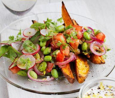 vegetarisk rätt med potatis
