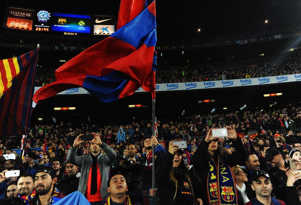 Barcelona fans show their support prior to the La Liga match between FC Barcelona and Real Madrid CF at Camp Nou on March 22, 2015 in Barcelona, Catalonia.