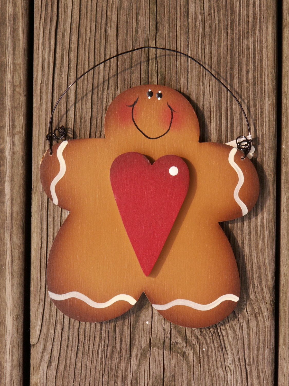 Hand Painted Gingerbread Man With Heart Wood Ornament 10 00 Via Etsy Soooo Cute Gingerbread Crafts Christmas Wood Gingerbread Christmas Decor
