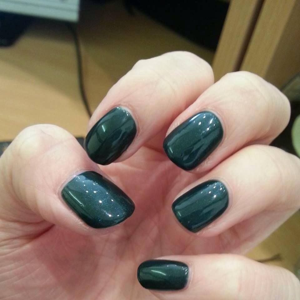 Serene Green 4 17 Love This Color Nice Dark Glossy Definitely See It S As Opposed To Pretty Poison Which Can Sometimes Look Black