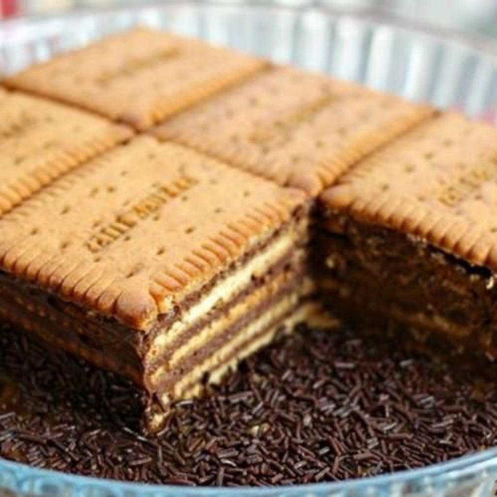 Gateau aux petits beurres et chocolat | Gateau petit ...