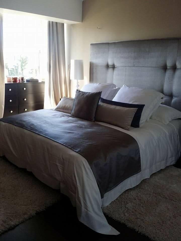 Lit double \u2013 chambre à coucher \u2013 lit moderne \u2013 design \u2013 Intérieur