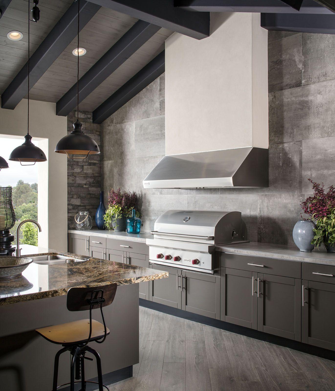 8 Outdoor Kitchen Designs Ideas Plans Outdoor Kitchen Outdoor Kitchen Design Outdoor Kitchen Design Layout
