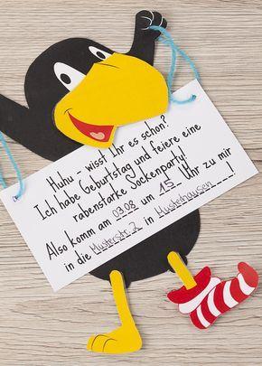 Einladungskarten für eine Rabe Socke Mottoparty basteln | Tambini #birthdaybasket