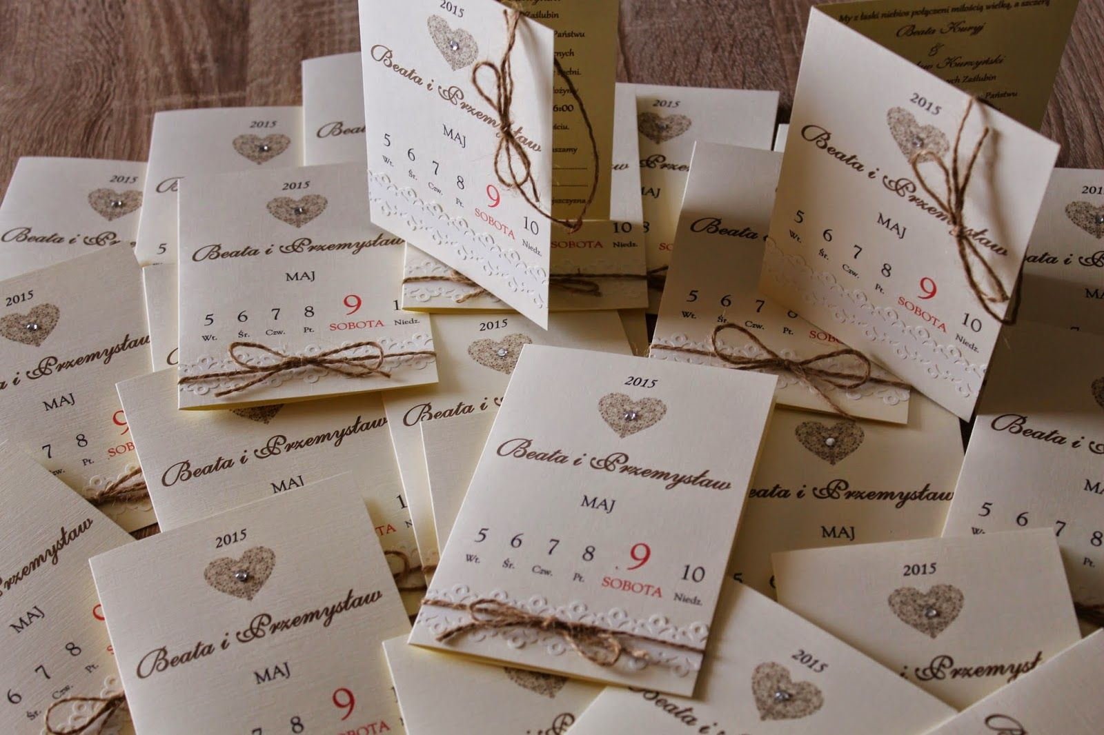 Zaproszenia Slubne Kartka Z Kalendarza Invitations Wedding Invitations Place Card Holders