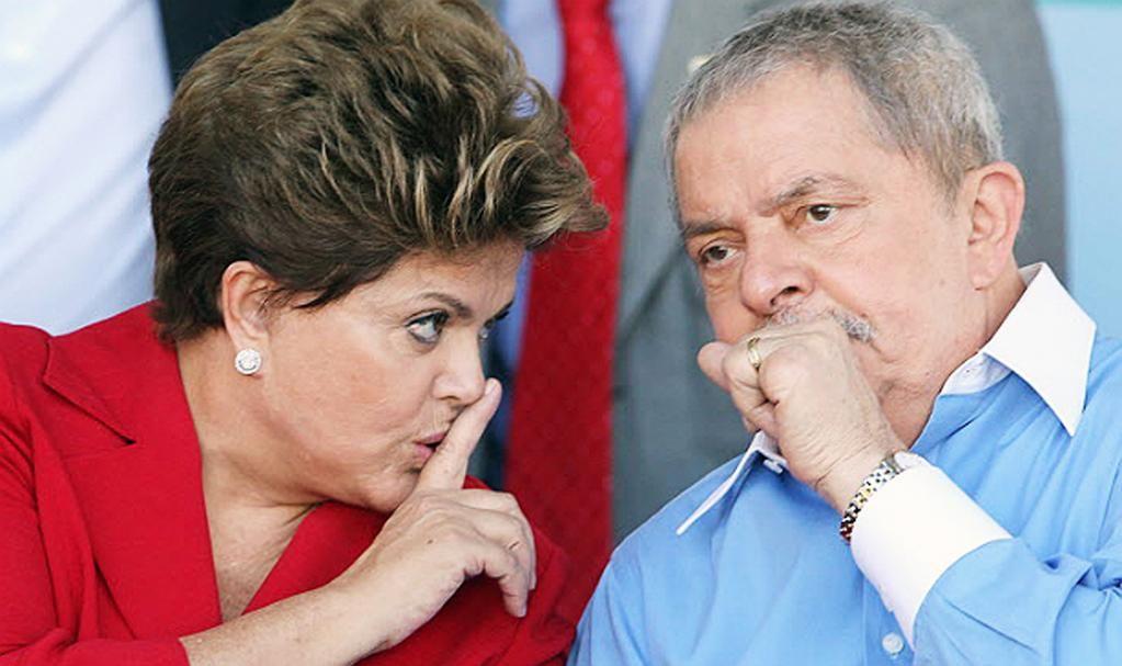 Lula e Dilma sempre souberam do assalto à Petrobras. São cúmplices. http://buff.ly/1wyXBtl
