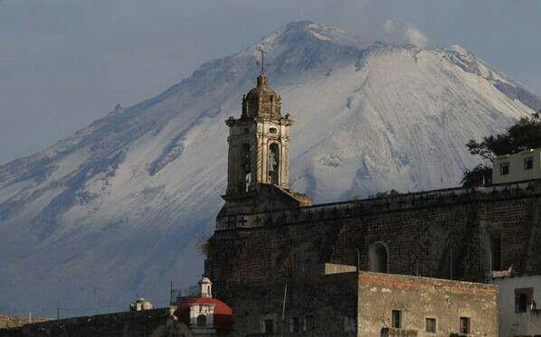 Popocatepetl  Iglesia de San  Francisco  Atlixco  Puebla