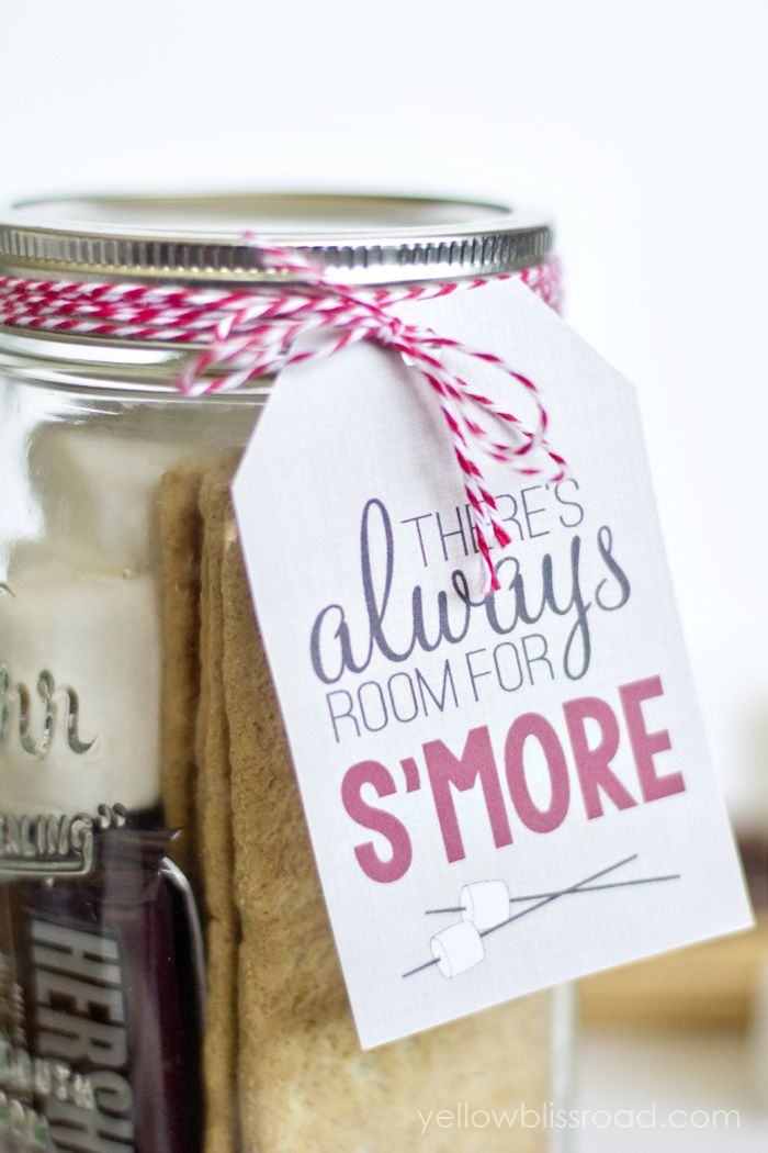 Free printable smores gift tag petite favors and jar use these free printable smores gift tags to give a fun gift to neighbors and friends kristin from yellow bliss road shows us how negle Gallery