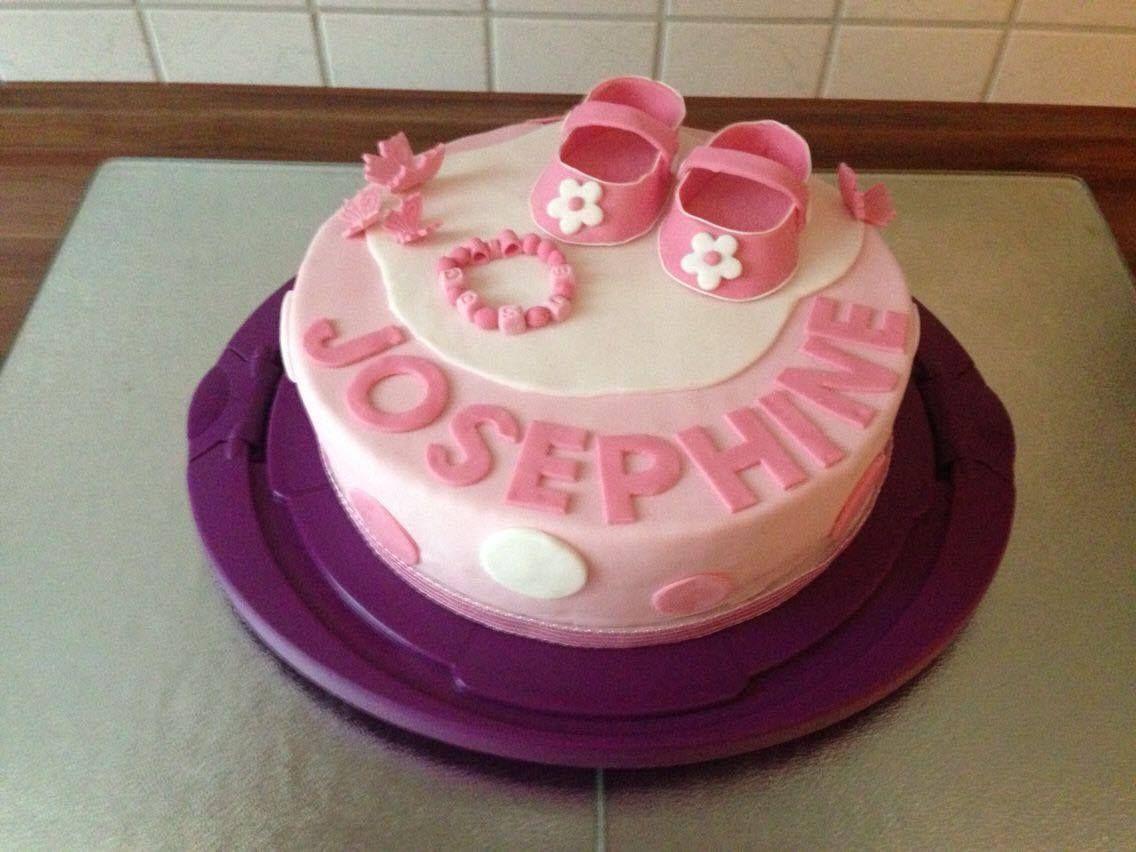 Mit sehr viel lieben Details wurde diese Torte von Katharina gezaubert. Ein wirklich hübsches Exemplar. Das Torten-Set Taufe in Rosa findet ihr hier.  http://www.tolletorten.com/Sparpacks-zum-Spitzenpreis/Torten-Set-Taufe-rosa::1777.html