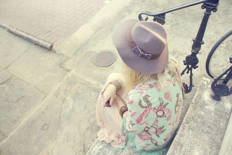 fedora, kimono, fashion, fashion blogger, summer fashion, boho, bohemian, pastels, mint
