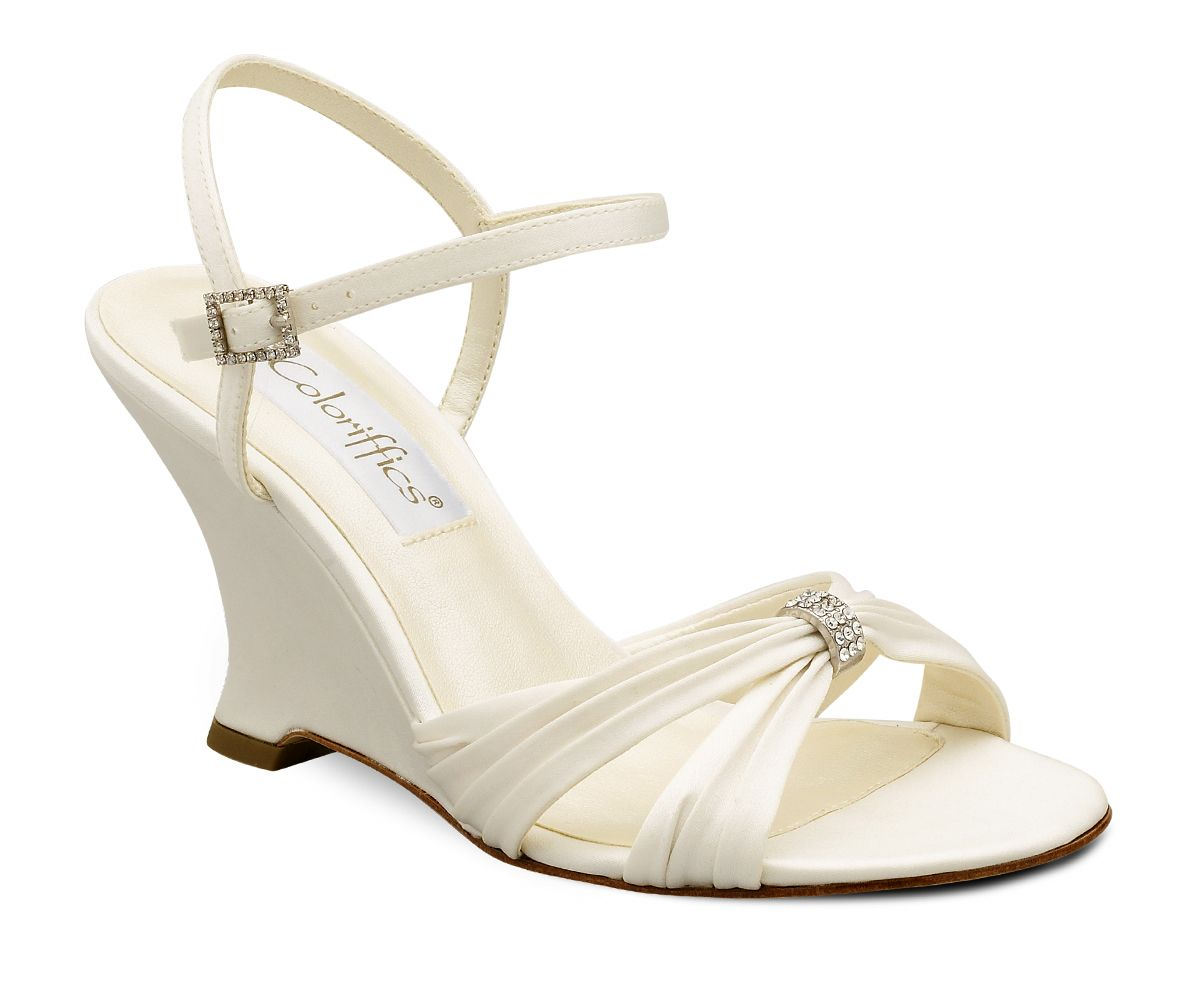 e7b6b197a68b8 Wedding shoes wedges for garden weddings can be selected with high heels to  avoid the use of the less beautiful. Description from myiweddings.com.