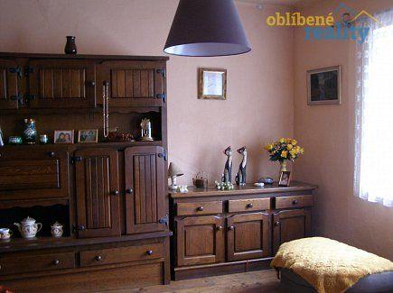 http://www.oblibenereality.cz/reality/prodej-rodinny-dum-2-1-219-m2-ov-pardubice-2304