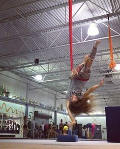 Got that fire in my soul. ❤️ #aerialistsofig#aerialsling#circusinspiration#cirquedusoleil#circuseverydamnday#itshappyhere#fitnessinflight#circusartistcirque USA