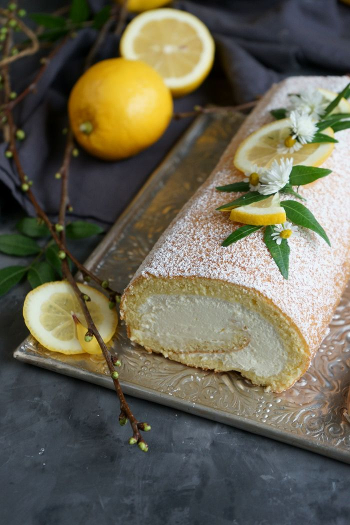 Zitronenbiskuitrolle mit Mascarpone-Sahne-Creme – Lissi's Passion