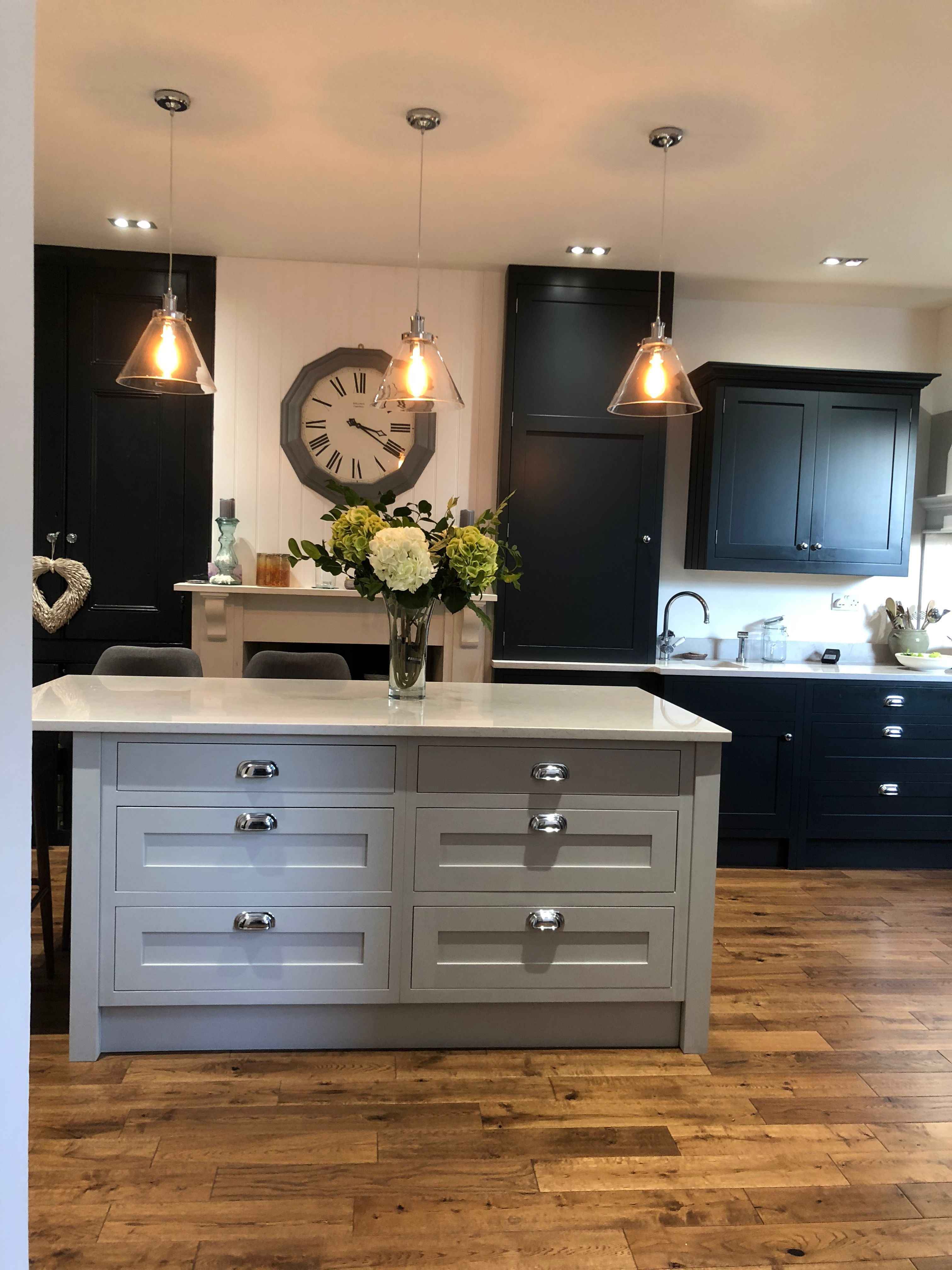 Best Kitchen Units Painted In Railings And Pavilion Grey By F B 400 x 300