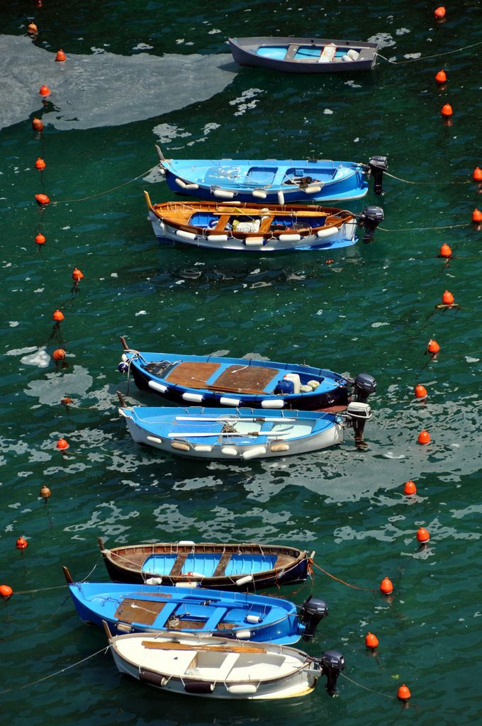 Vernazza | A colorful line of boats in Vernazza.