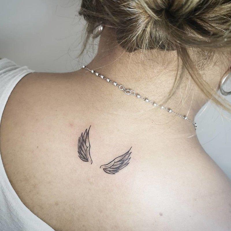 Tatuajes De Alas Originales Y Con Significado Mini Tatuajes Tatuajes De Alas De Angel Tatuajes De Alas Disenos De Tatuaje De Alas