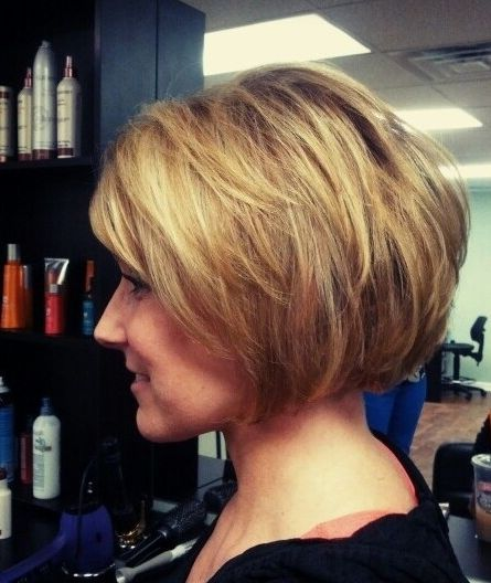 Short Stacked Hairstyles 30 Popular Stacked A Line Bob Hairstyles For Women Styles Weekly