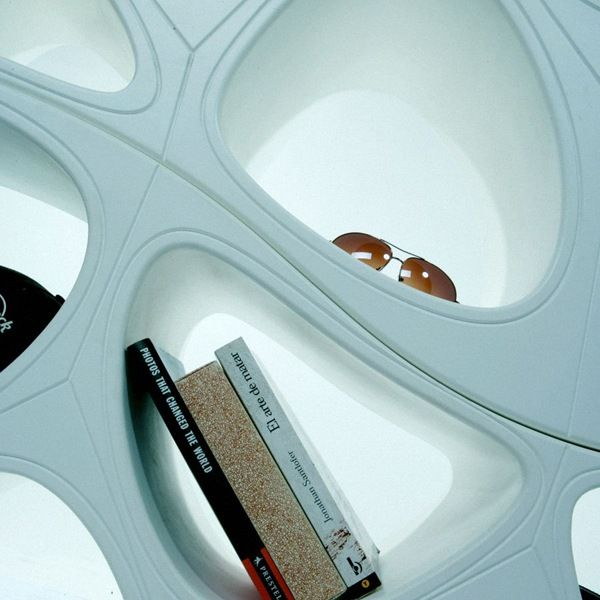 futuristisches möbeldesign futuristisches design gt2ps schöne doppelregale regale design designregaleundbücherschränke doppelregale futuristisches design