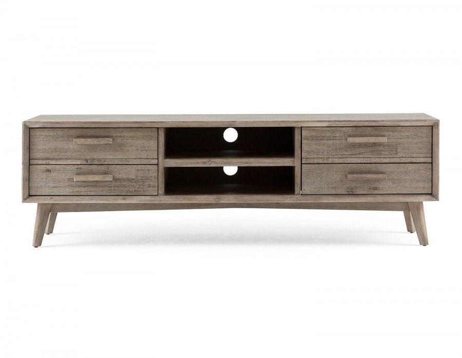 seattle pr sente une sym trie magnifique avec ses deux. Black Bedroom Furniture Sets. Home Design Ideas
