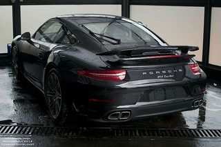 Porsche 911 Turbo! This is immense! Hit the image for more sensational pics...