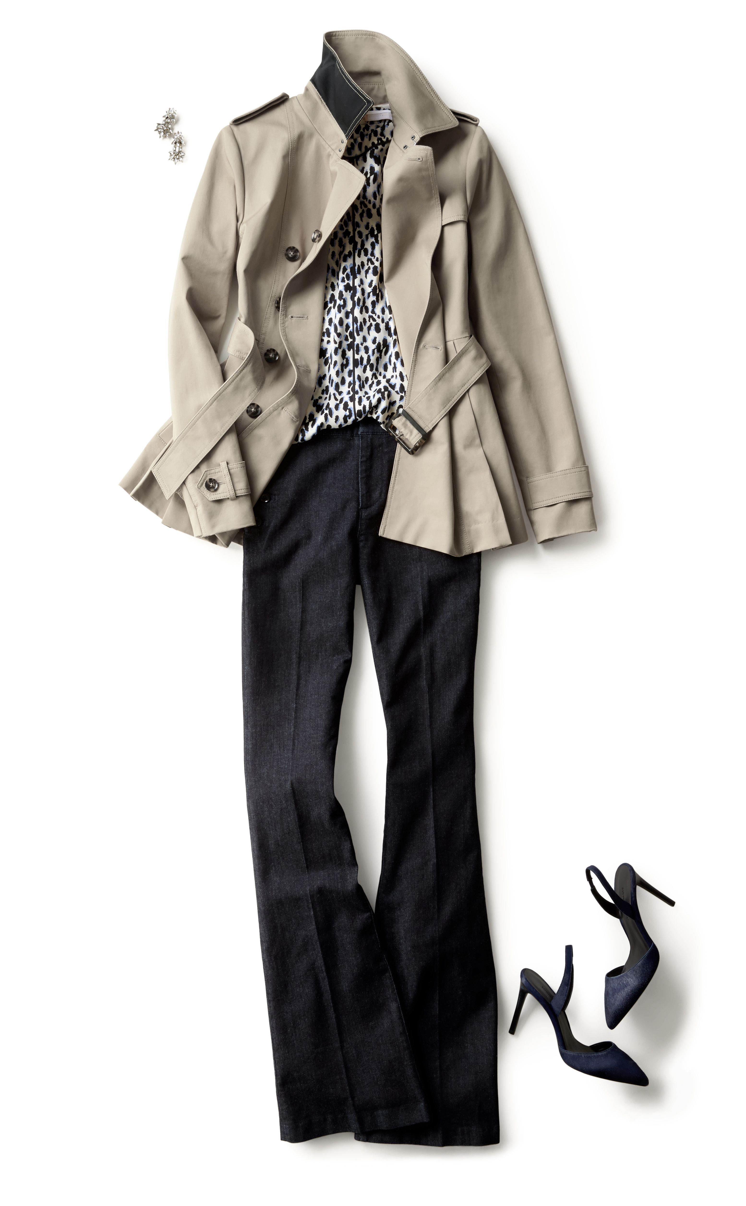 23b609f4c5 Discover the perfect crop trench to stylishly take you everywhere this  season | Banana Republic