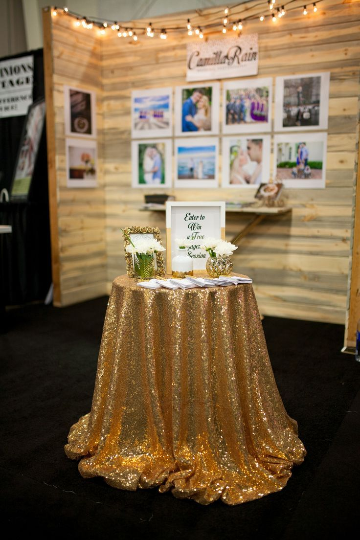 Wedding Photographer Booth Setup At A Bridal Show Ideas For Expo