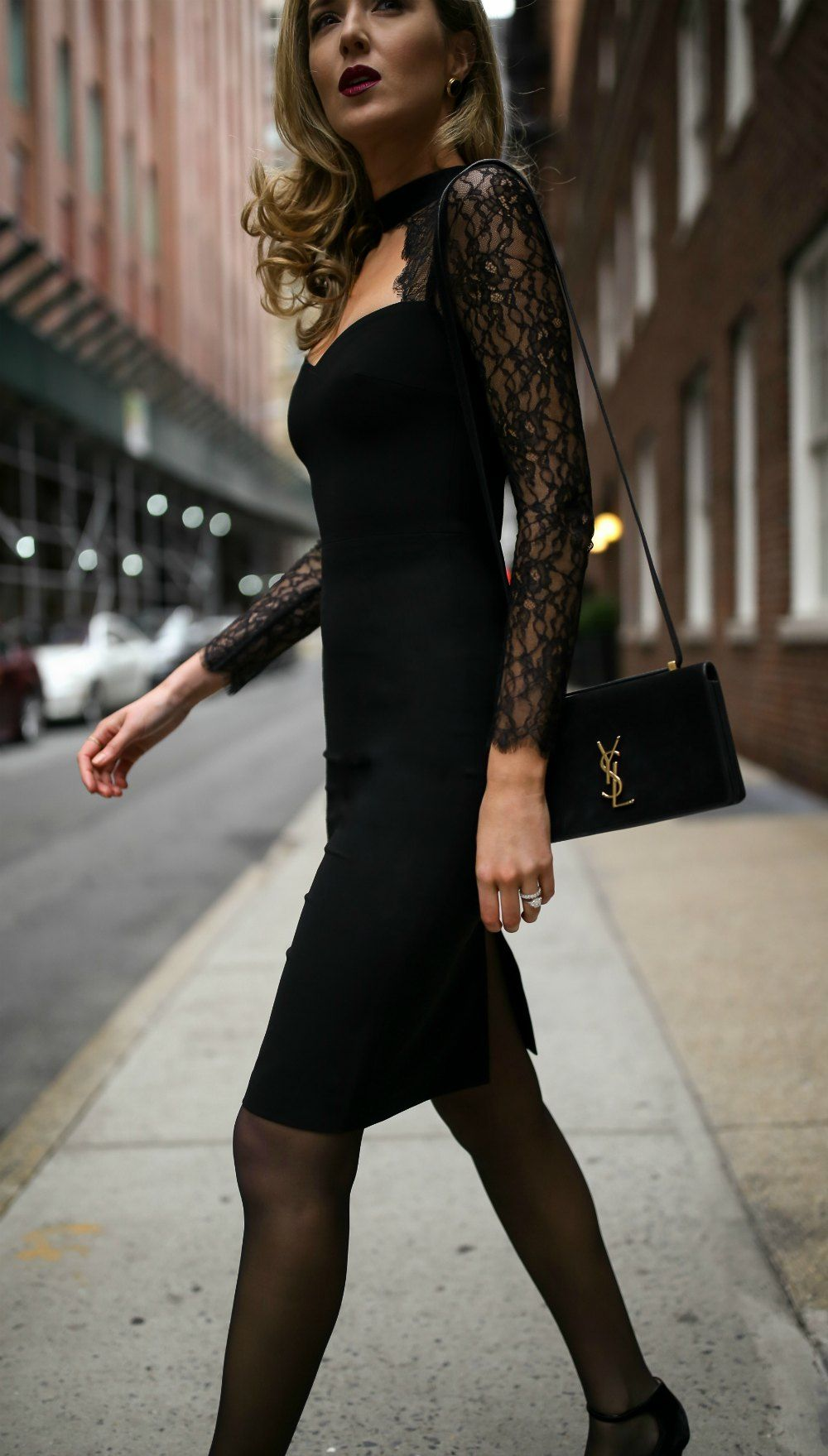 30 DRESSES IN 30 DAYS: Date Night // Black lace cut-out sheath