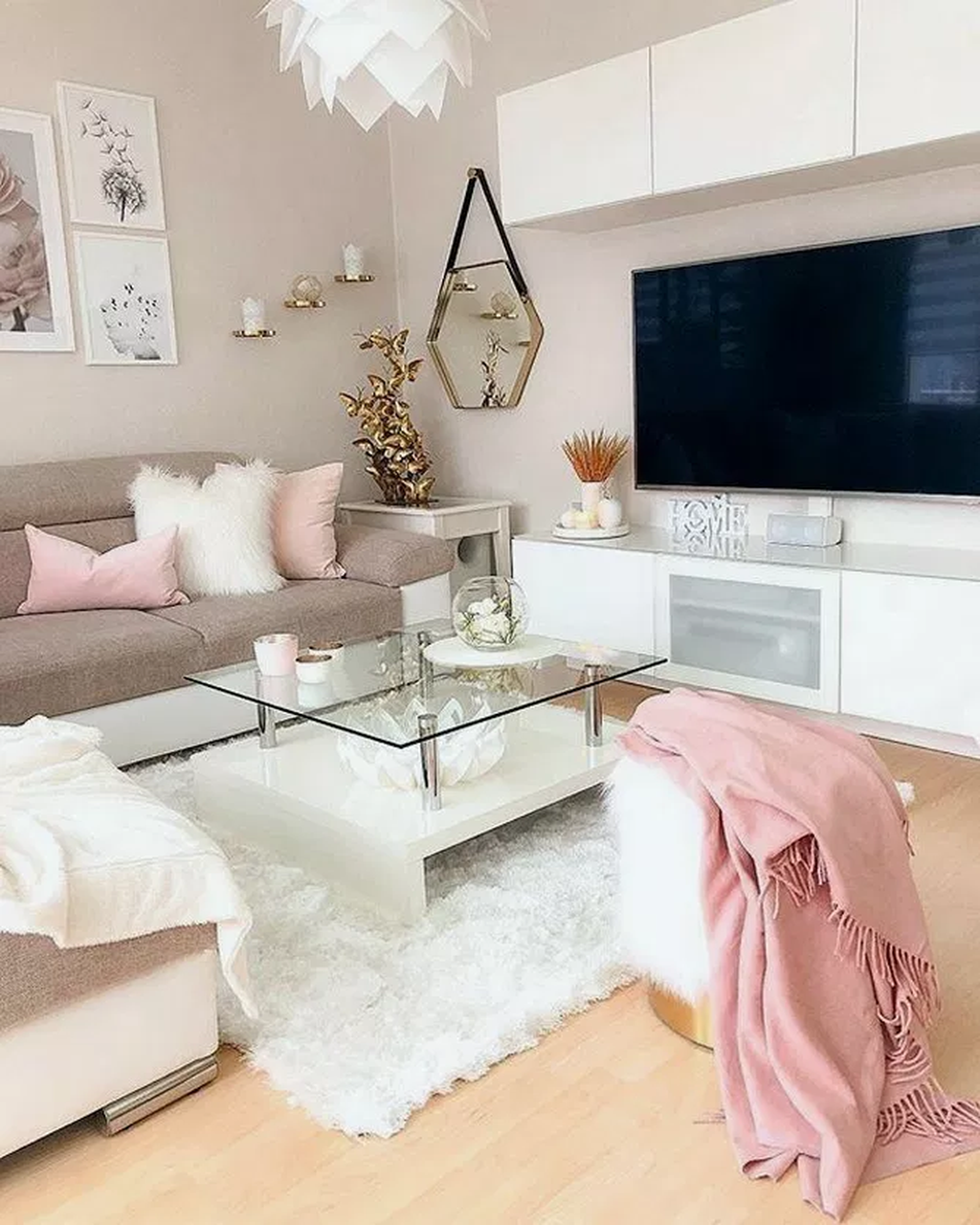 31 Beautiful Pink Living Room Decoration Ideas Small Apart