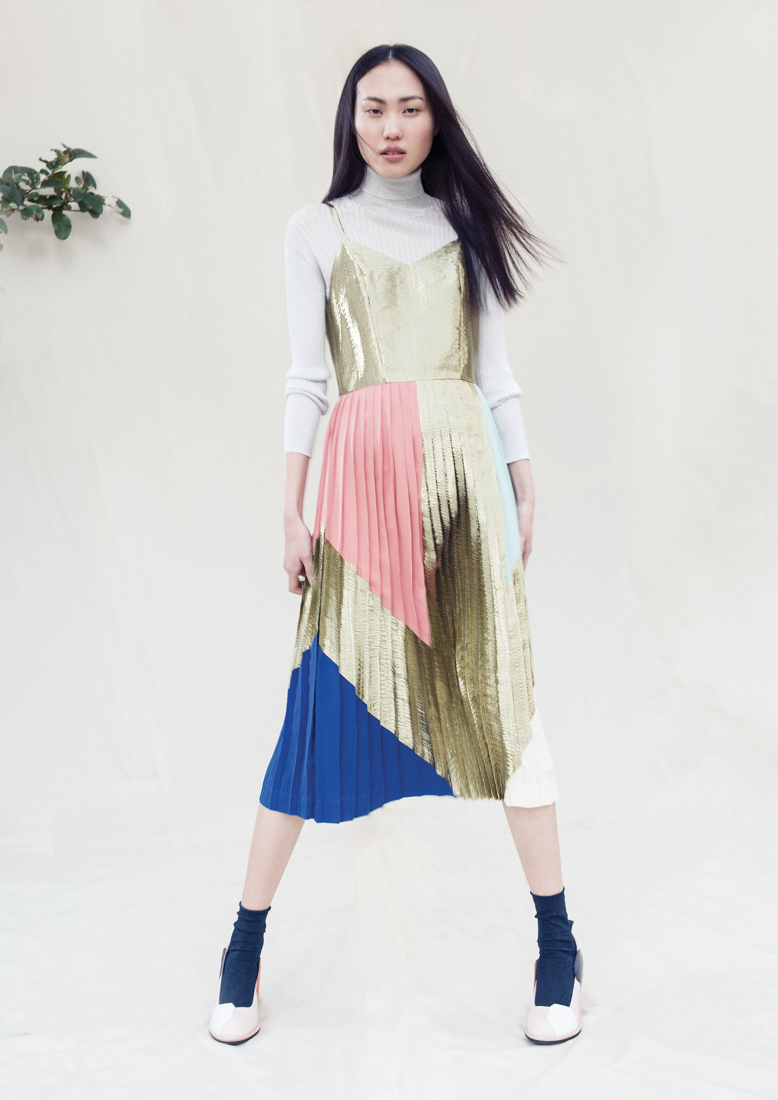 3bbf22003b gorman autumn '15 / gold pleats yes! | ON MY PERSON | Fashion, Style ...