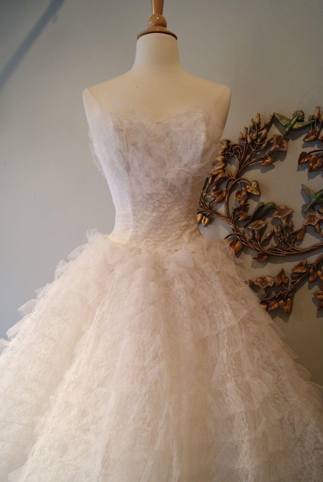 1950 wedding dress  us Ballerina Wedding Dress waist