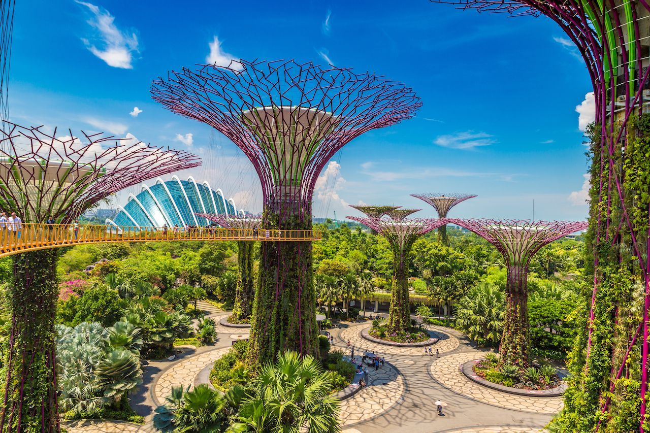Singapore Promises Endless Smiles Fun Laughter And Memories For Every Person Book Your Singapore Holi In 2020 Singapore Garden Gardens By The Bay Famous Waterfalls