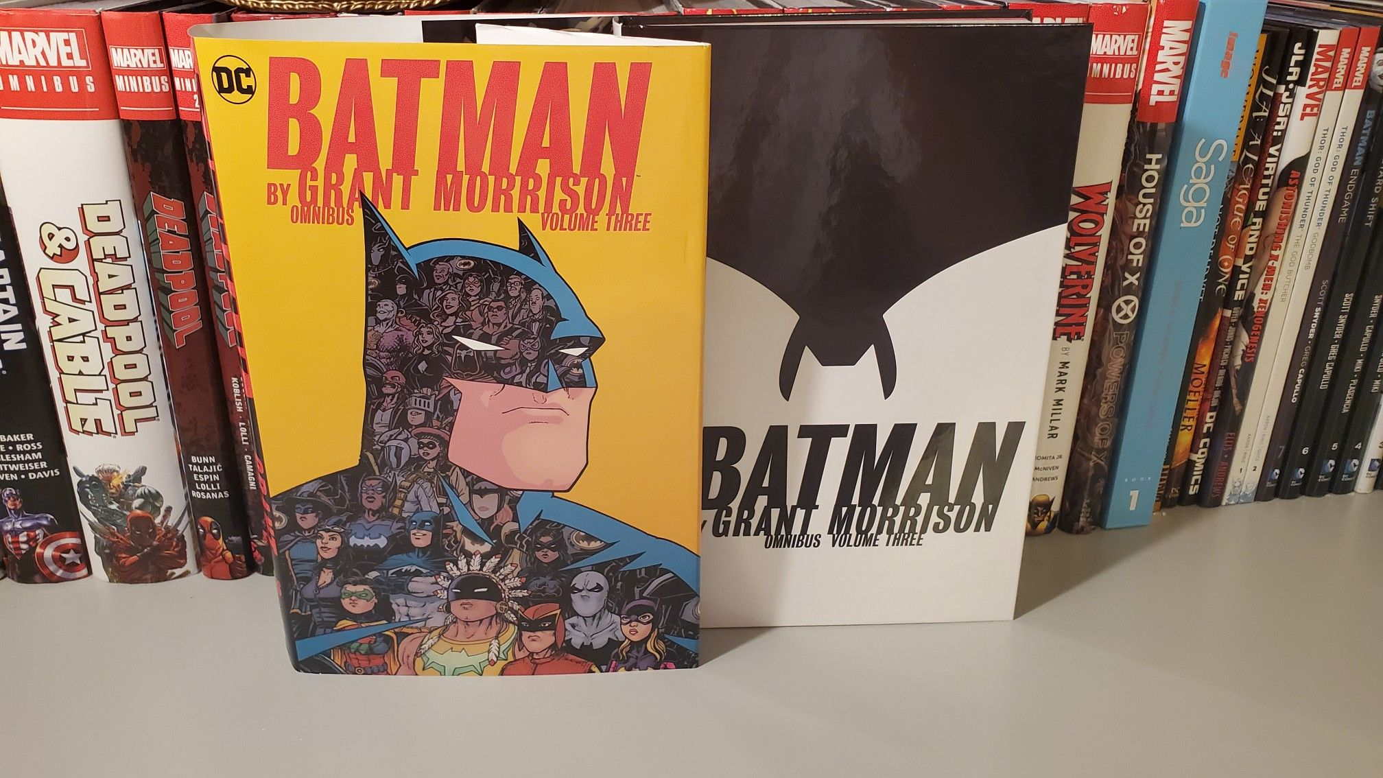 Batman Vol 3 By Grant Morisson Overview Video Https M Youtube Com Watch V Dq38ng Bp0 Batman Bane Bat In 2020 Comic Book Collection Comic Collection Court Of Owls