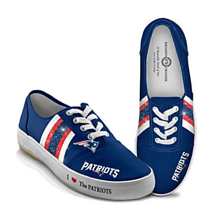 db4946ffed0d1 NFL-Licensed New England Patriots Women's Canvas Sneakers | Things I ...