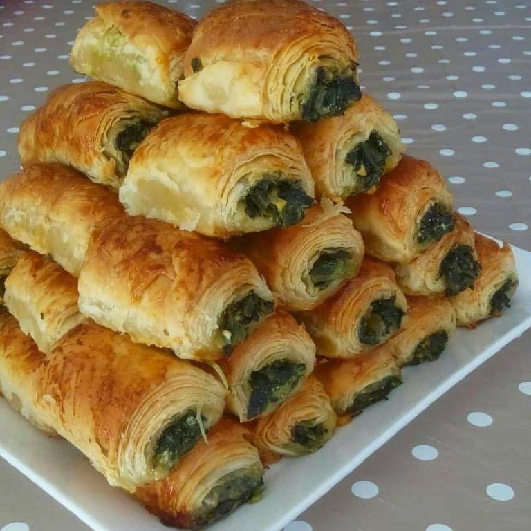 El Açması Ispanaklı Börek — Börekler