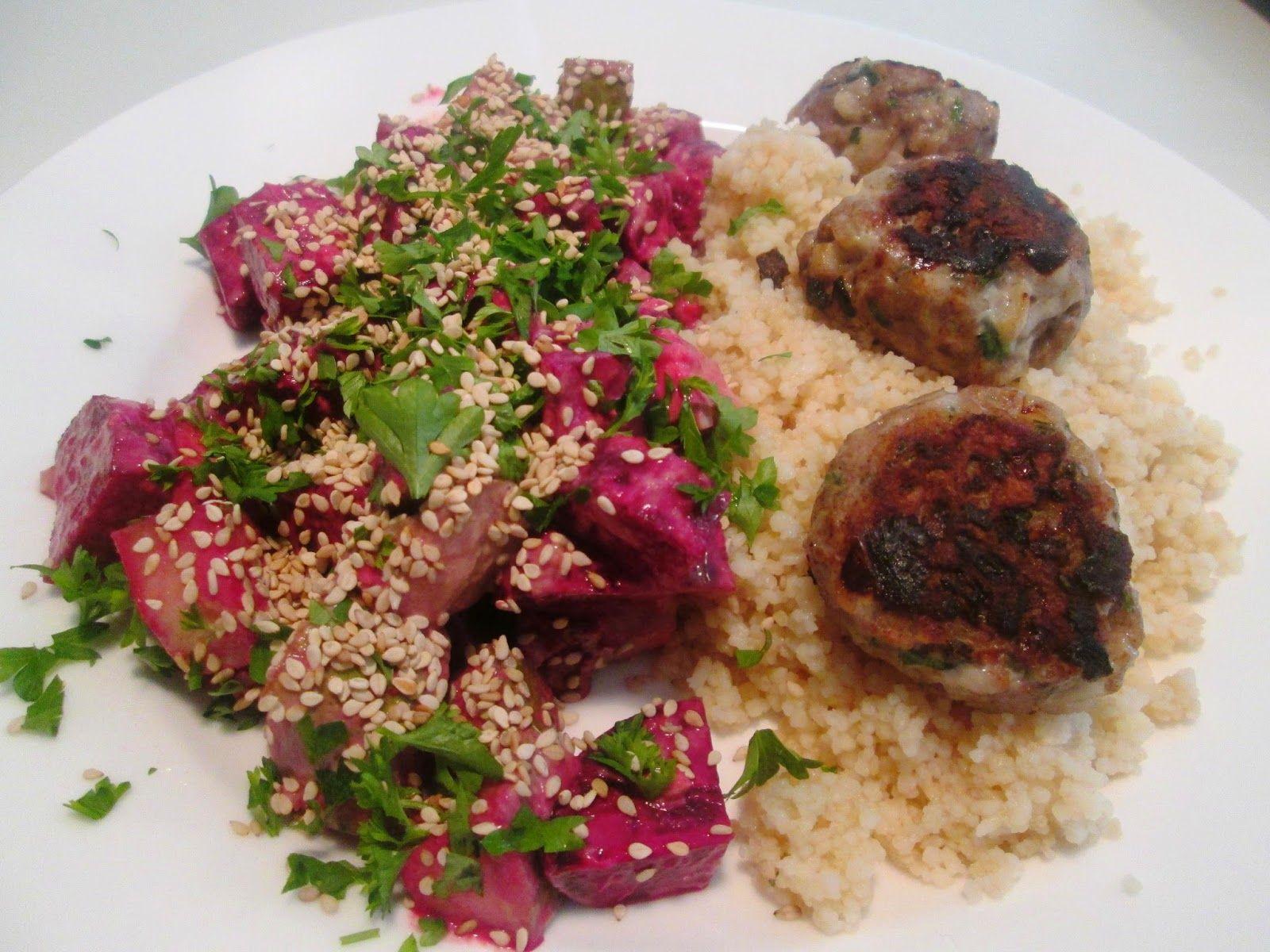 En verden af smag!: Arabiske Frikadeller med Couscous og Rødbedesalat ...