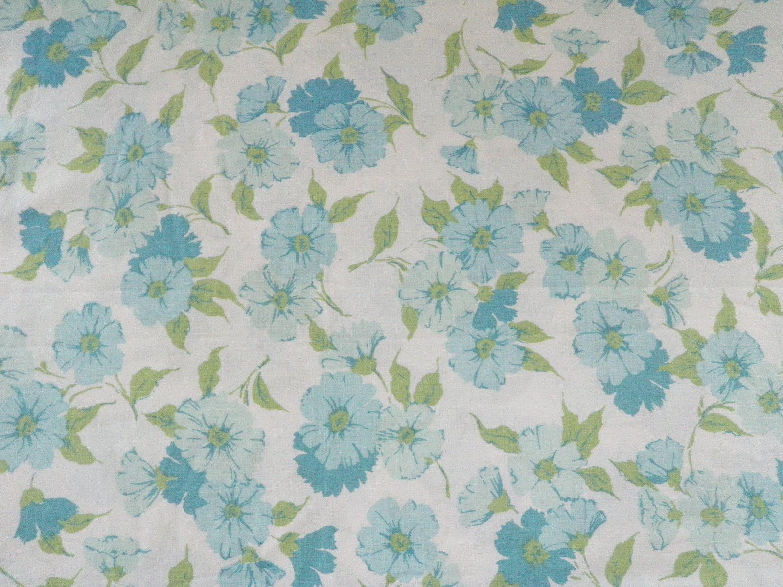 Vintage FLAT TWIN blue floral sheet