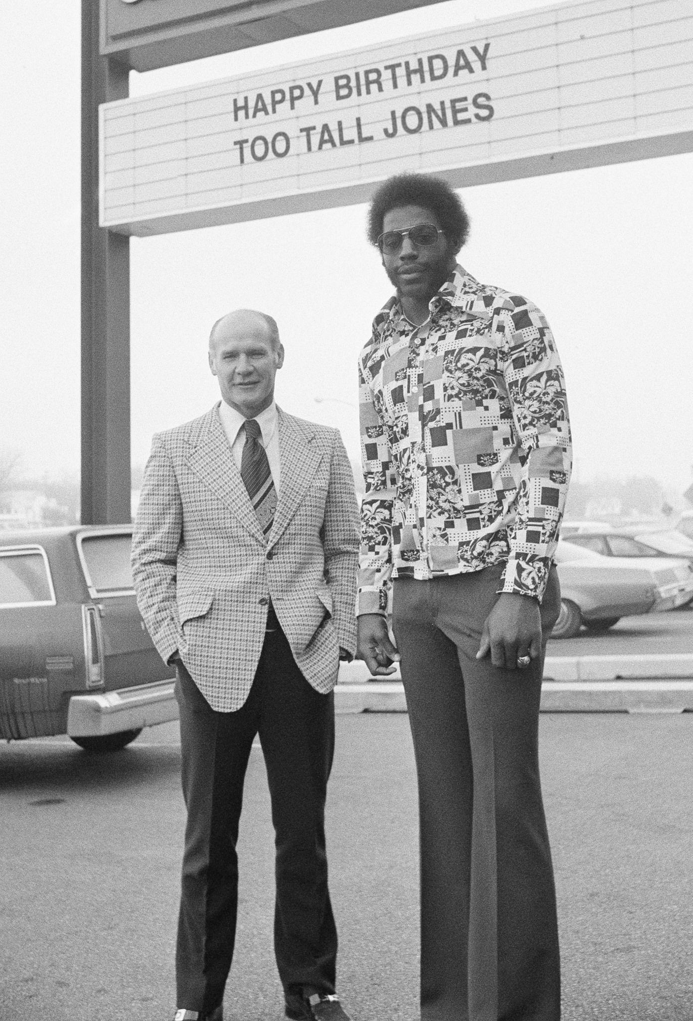 Tom Landry And Ed Quot Too Tall Quot Jones Dallas Cowboys