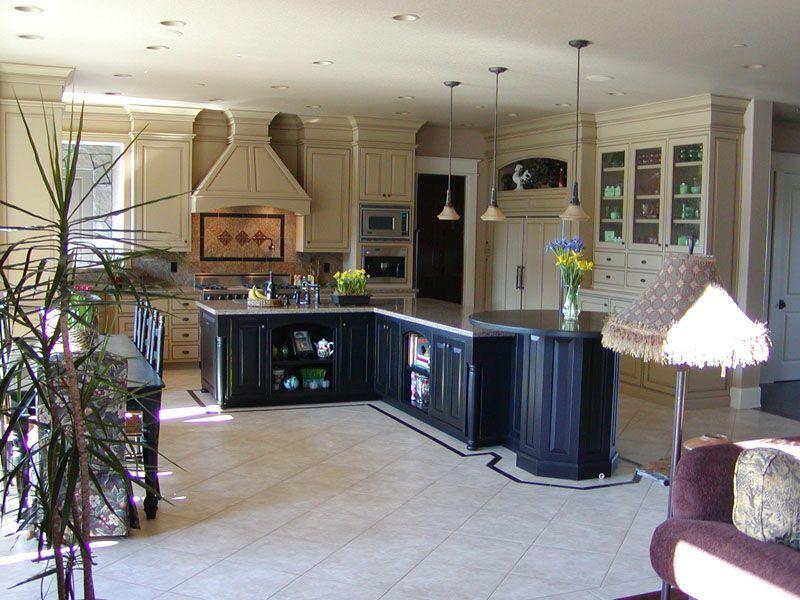 dark cabinets on bottom... light on top? | House design ...