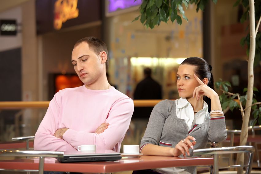 5 ways to avoid the distracted waitstaff bad review