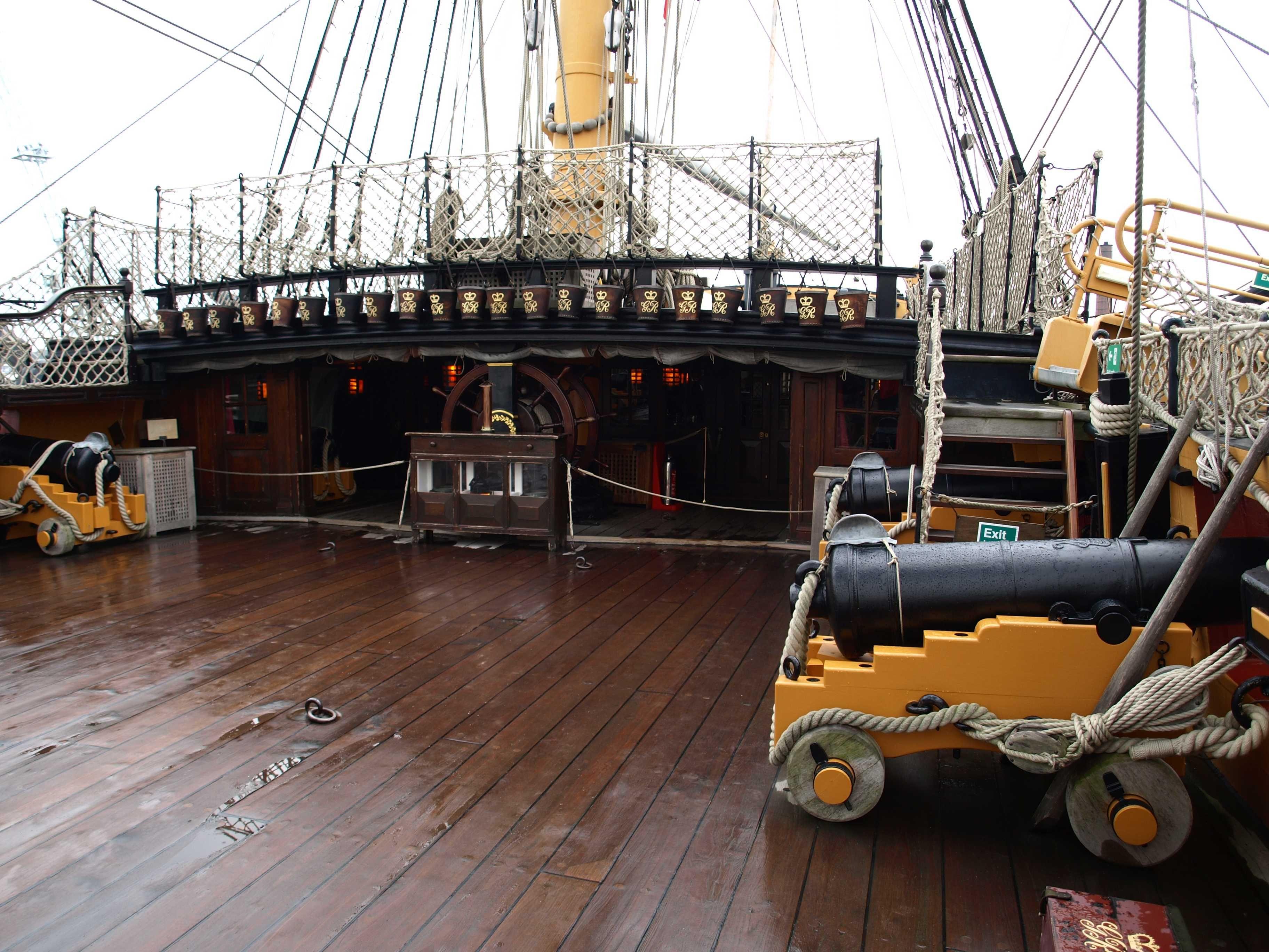 снимках модель картинка палуба пиратского корабля поклонников ирины