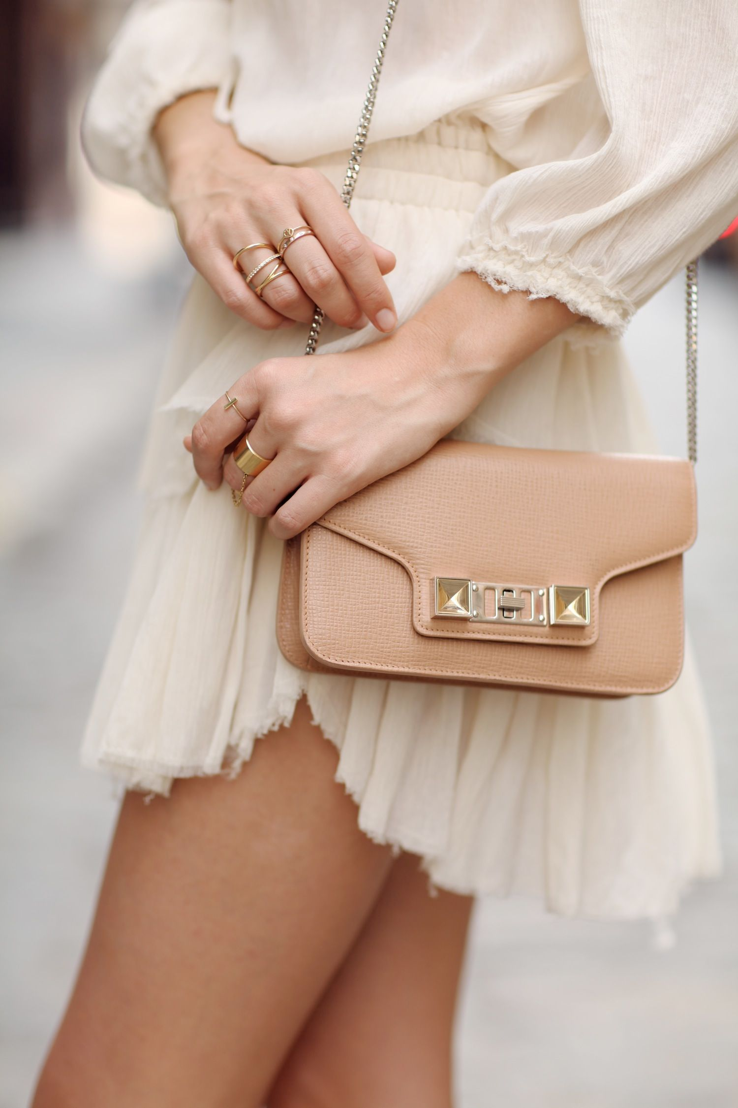 Off-white and nude
