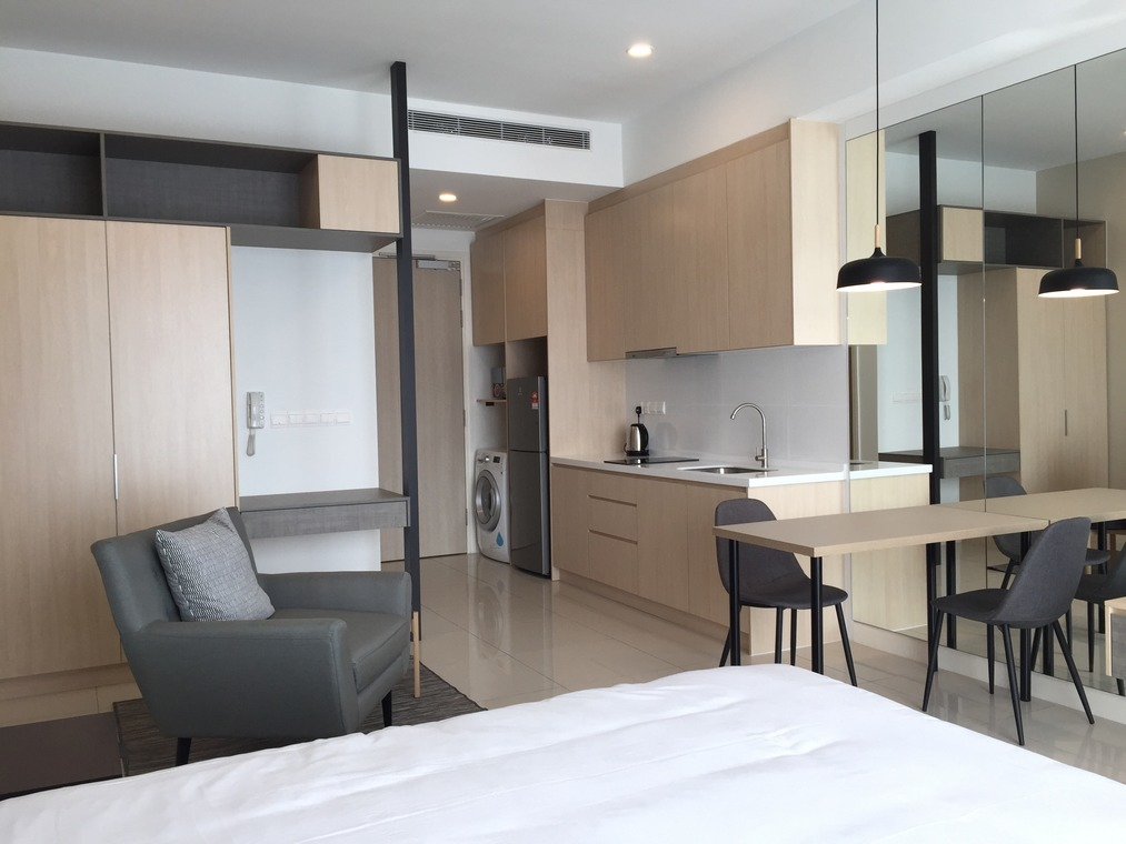 10 Small Apartment Interior Designs In Malaysia Recommend My Interior Design Apartment Small Small Apartment Interior Studio Room Design