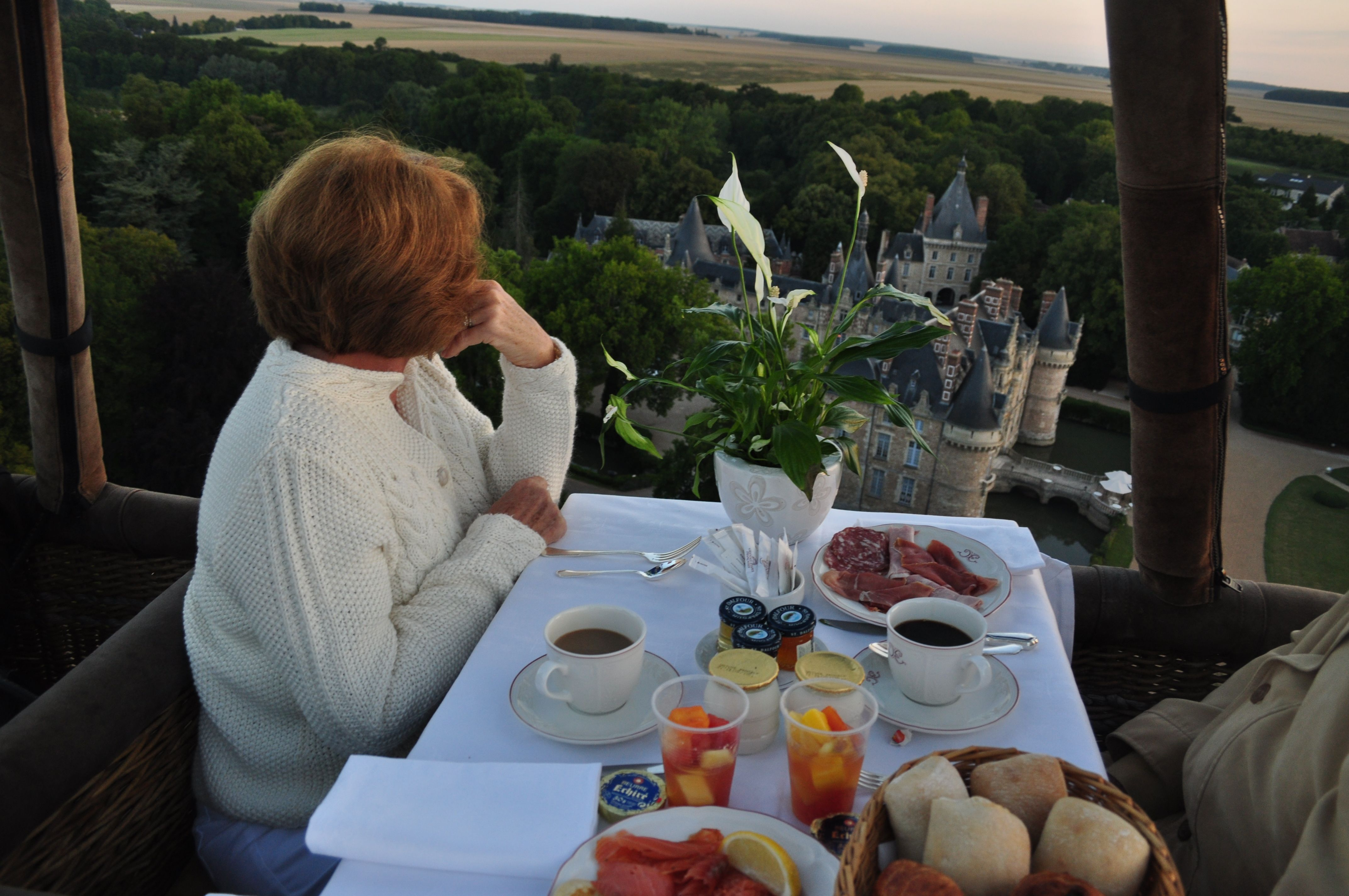 Dinner over a Castle in Hot Air Balloon Montgolfiere