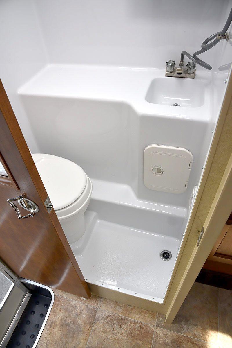 2016 Lance 850 Review Camper Bathroom Rv Bathroom Small Bathroom